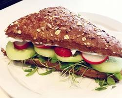 De Broodtrommel -  BELEGDE BROODJES